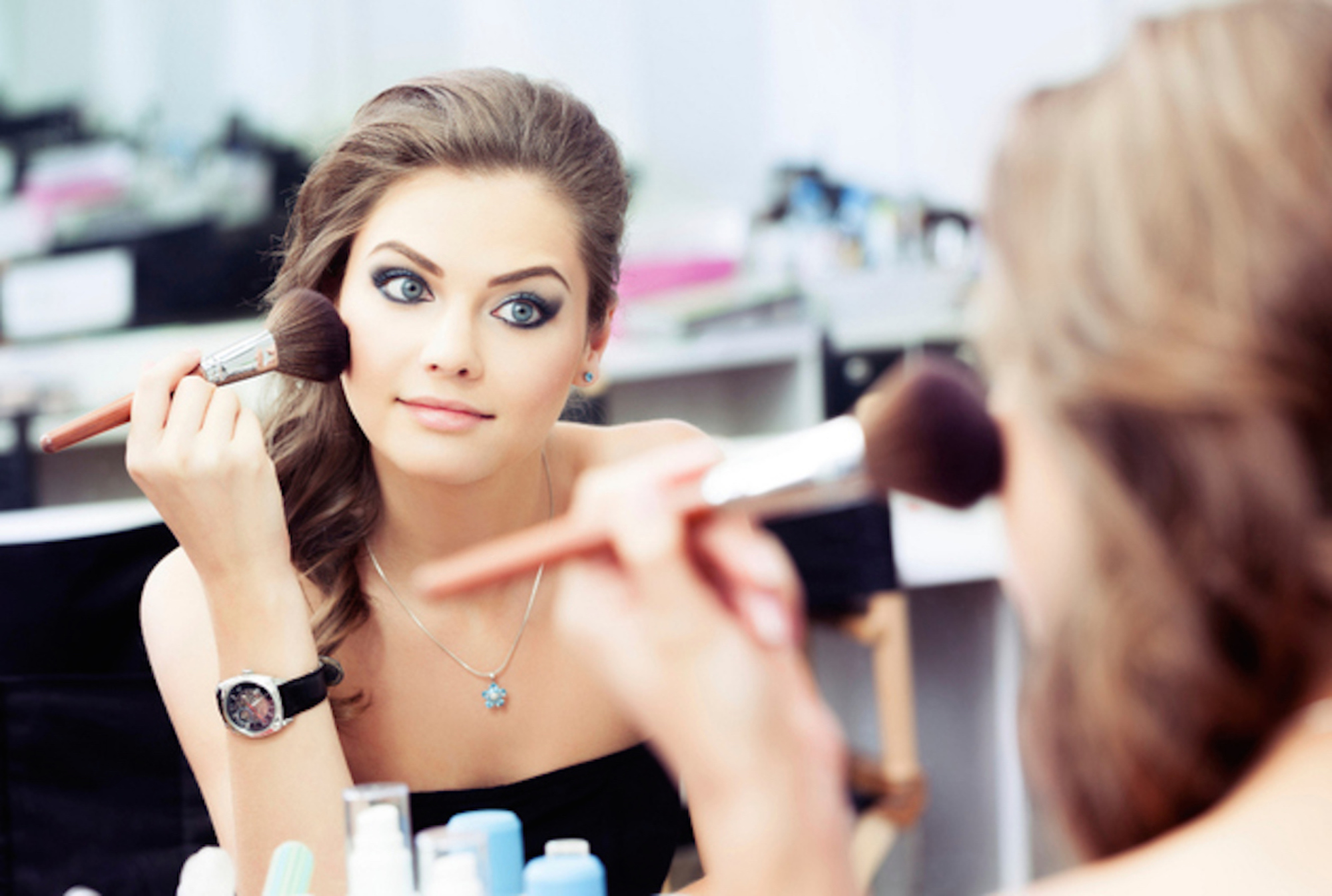 5 Things You Should Never Do When Doing Your Makeup
